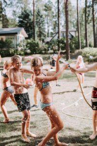 Vasaras dienas nometne bērniem angļu valodas apguvei